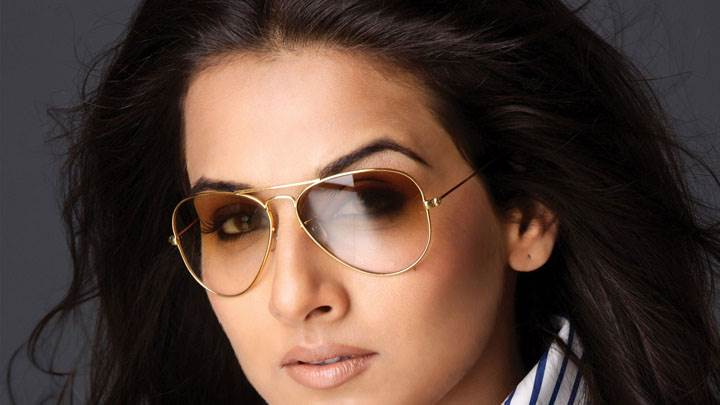 Vidya Balan In Brown Goggles And Wet Lips Face Closeup